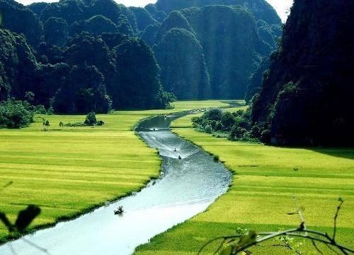Tam Coc Trang An